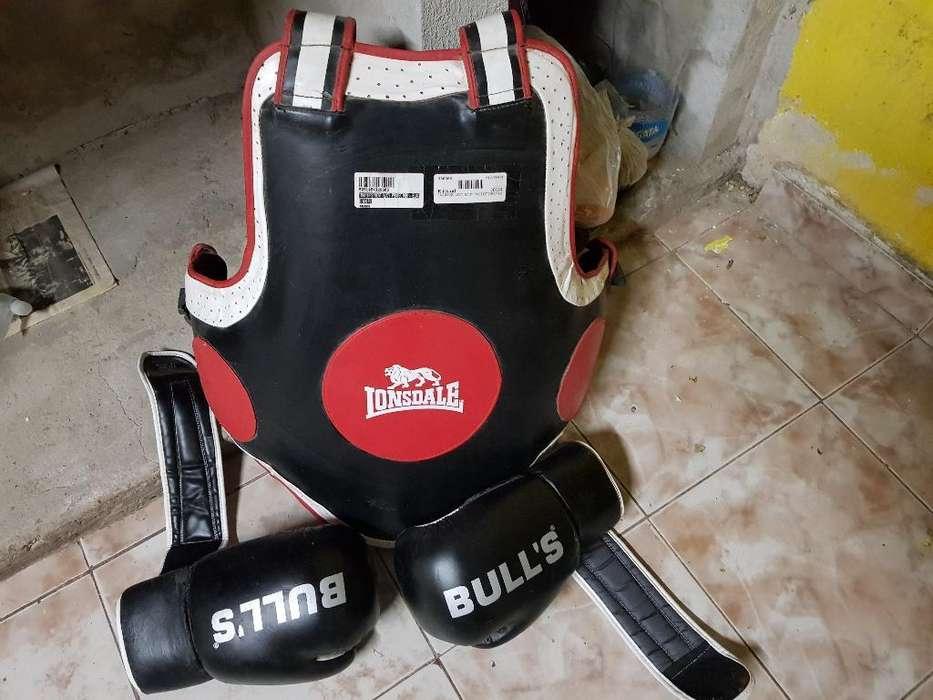 Pechera de Boxeo Mas Guantes 3.500
