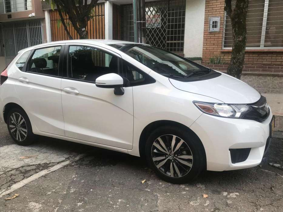 Honda FIT 2017 - 38400 km
