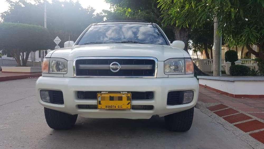 Nissan Pathfinder 2005 - 163000 km