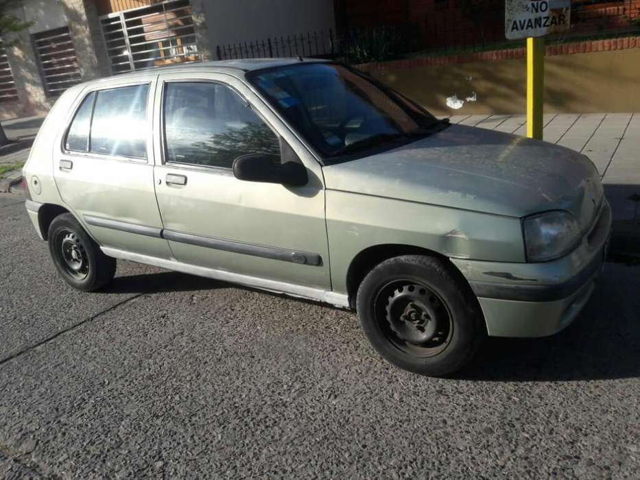 <strong>renault</strong> Clio  1999 - 11111111 km