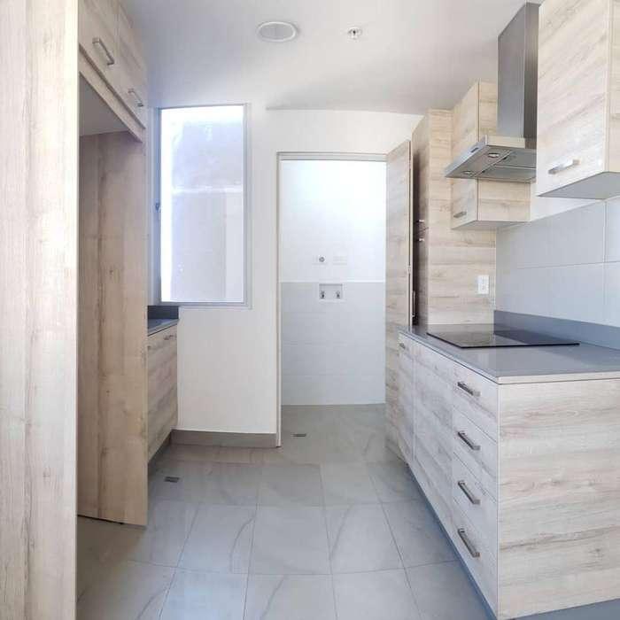 Renta Suite Moderna Centro Norte. Piso Alto