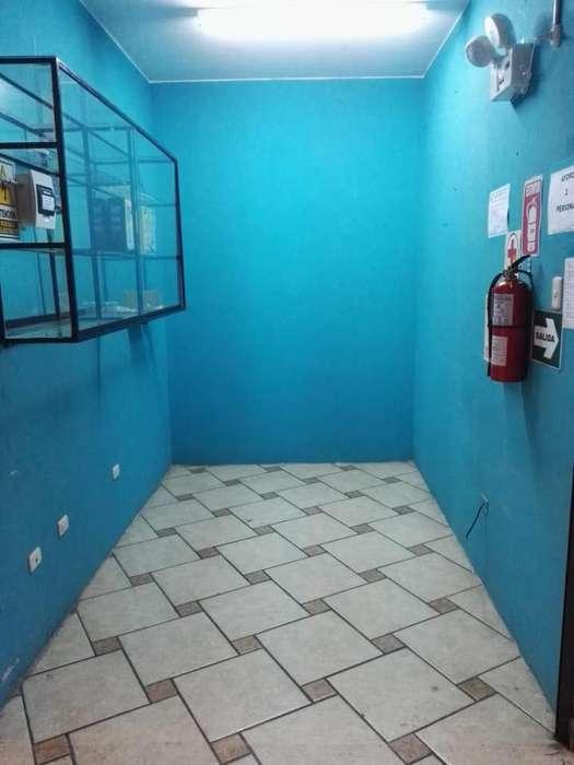 VENTA STAND COMERCIAL DE 6 M2