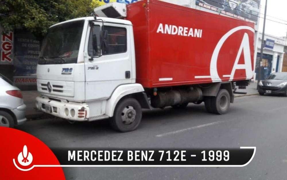 MERCEDES BENZ 712E CON FURGON TERMICO Y EQUIPO DE FRIO
