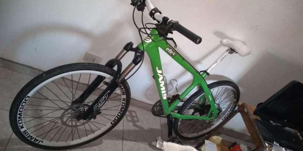 Vendo bicicleta mtb dh