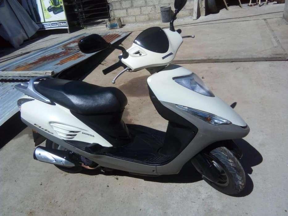 Vendo Moto Honda Elite 125