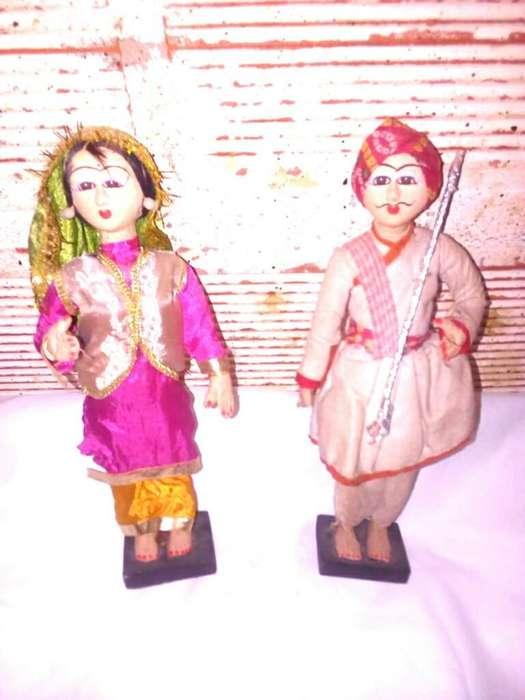 Muñecos Indues
