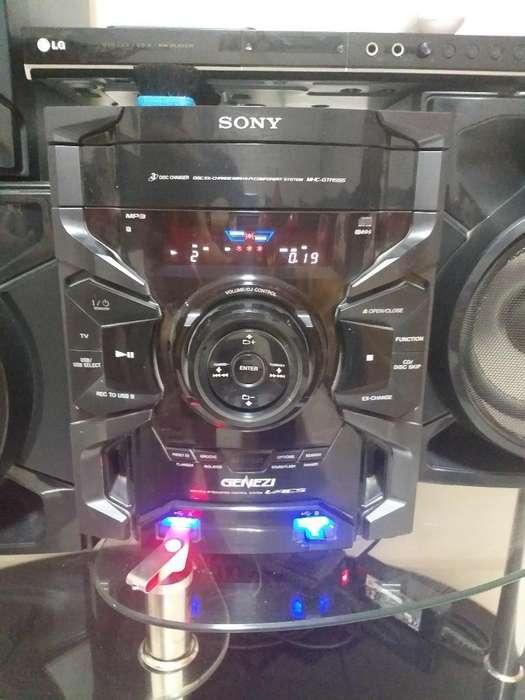 Vendo Equipo de Sonido Sony Usb