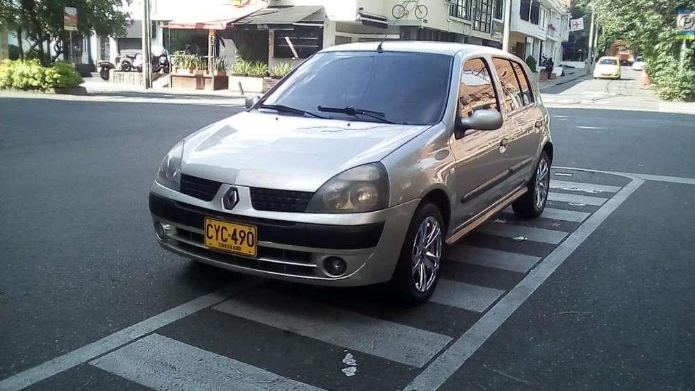 Renault Clio  2008 - 92000 km