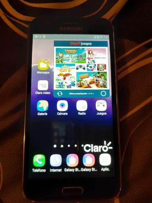 Samsung J5 con Cargador