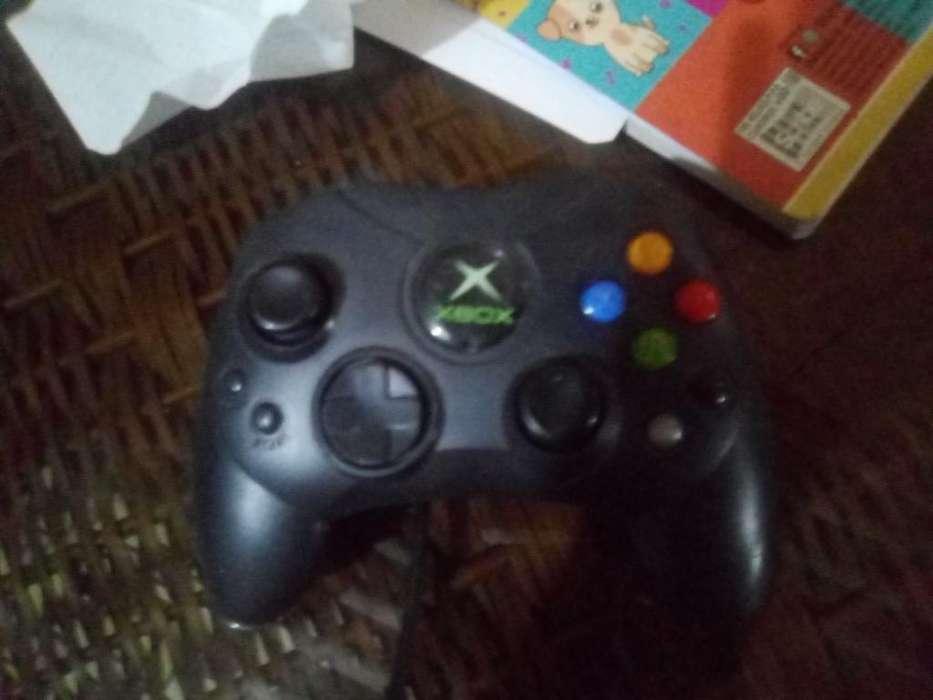 Xbox Negro 5 Juegos Integrados No Contr