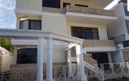 Alquiler de Elegante Casa en Cumbres Alta, Ceibos