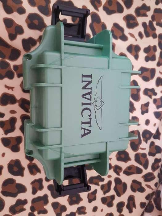 Vendo Reloj Invicta Original.