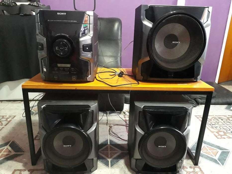 Equipo de Audio <strong>sony</strong>