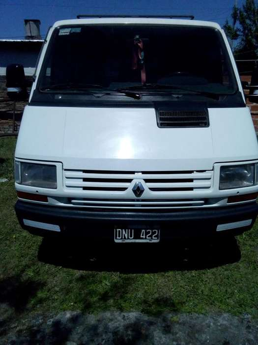 Renault Trafic 2000 - 268500 km