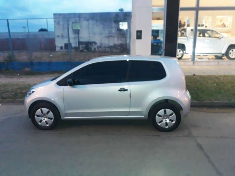 Volkswagen Up! 2017 - 15000 km