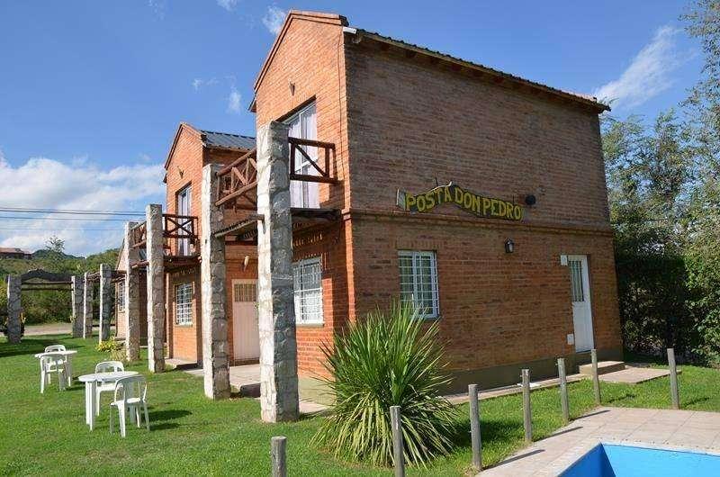 lp08 - Cabaña para 2 a 4 personas con pileta y cochera en Potrero De Los Funes