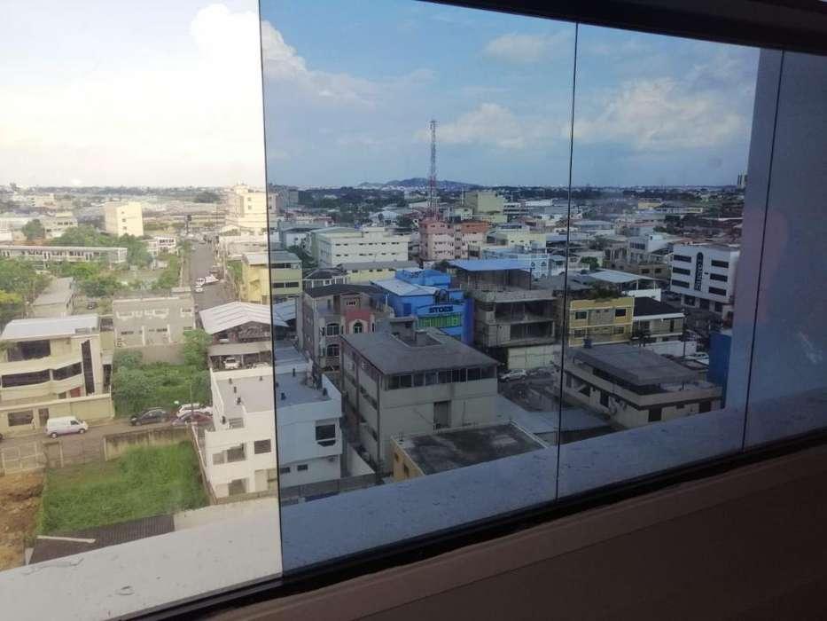 Venta De <strong>oficina</strong> En Edificio Torres Del Norte, Al Norte De Guayaquil, En Plena Area Comercial