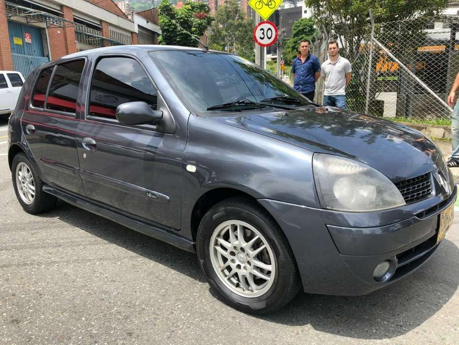 <strong>renault</strong> Clio  2009 - 93000 km