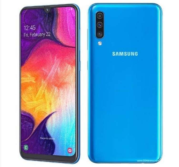 Vendo Samsung A50 (usado 4 Meses)