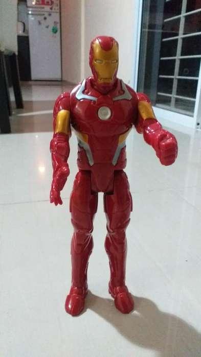 Vendo Muñeco Iron Man Marvel