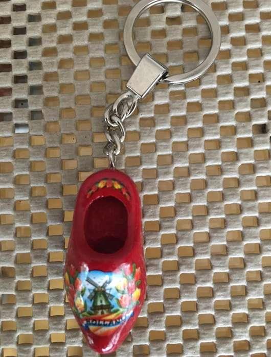 Llavero Hollän Discher Zueco / Zapato de Madera importado de Holanda