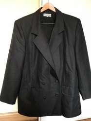 Conjunto traje mujer negro saco y pollera talle L