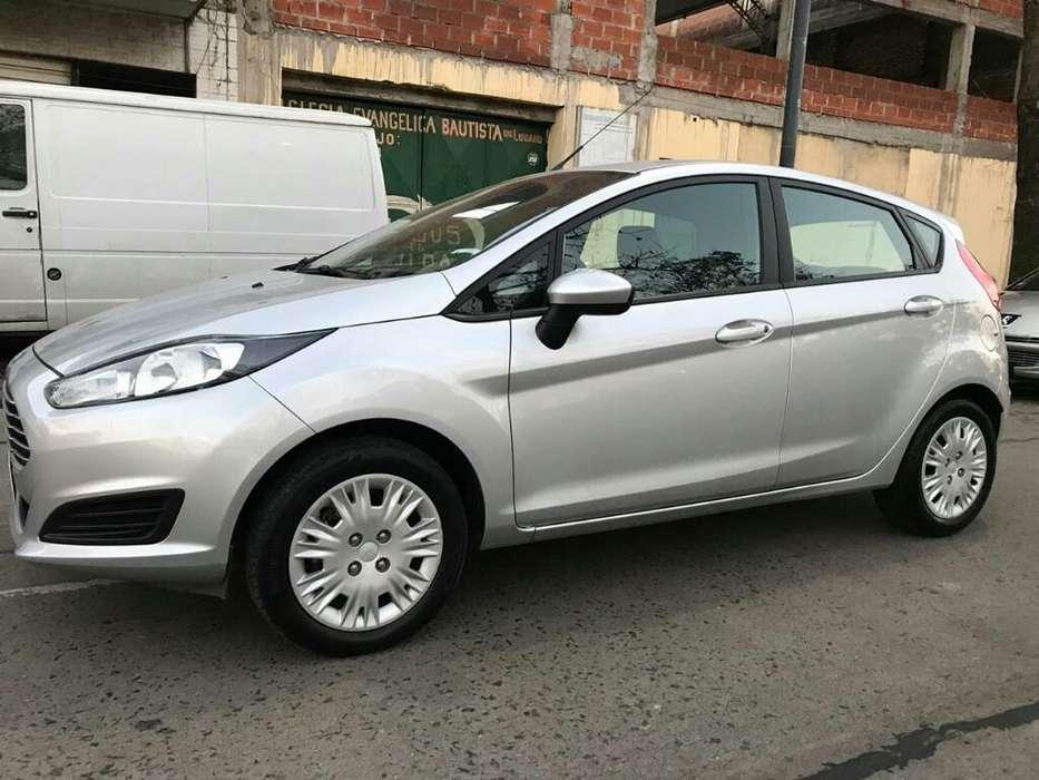 Ford Fiesta Kinetic 2017 - 19500 km