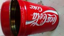 Coca Cola lata antigua con tapa