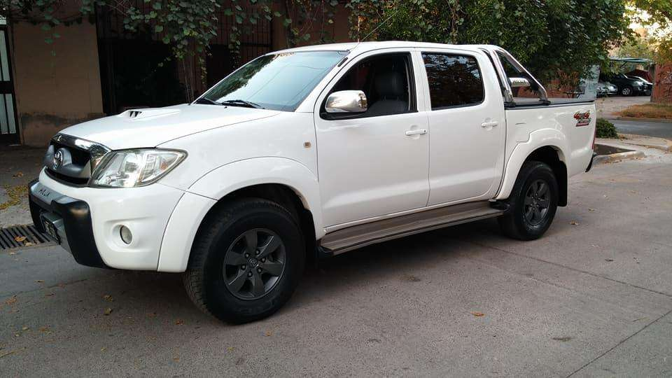 <strong>toyota</strong> Hilux 2010 - 170000 km