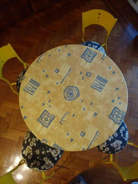 mesa redonda mas 4 silla
