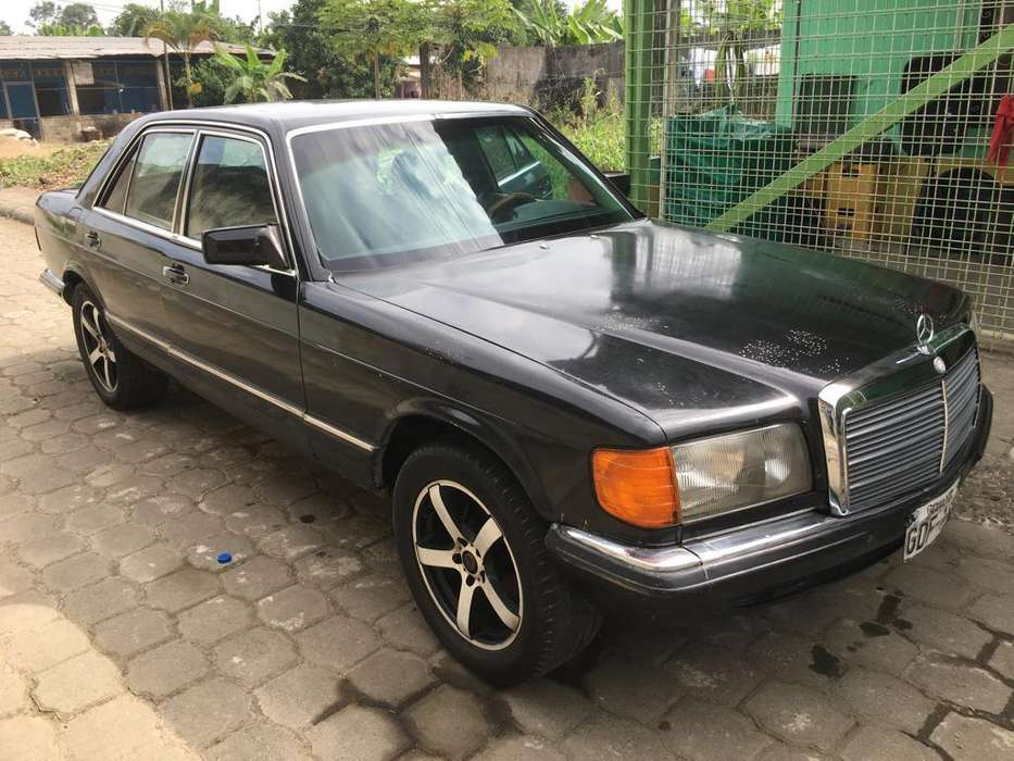 Mercedes-Benz Clase S 1982 - 1000 km