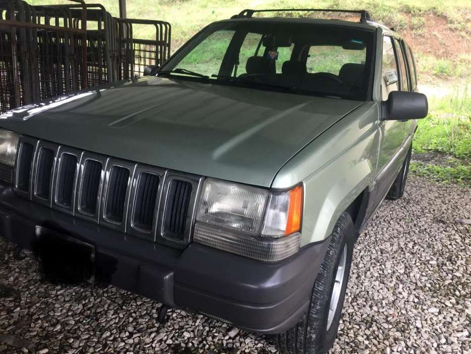 <strong>jeep</strong> Cherokee 1998 - 282919 km