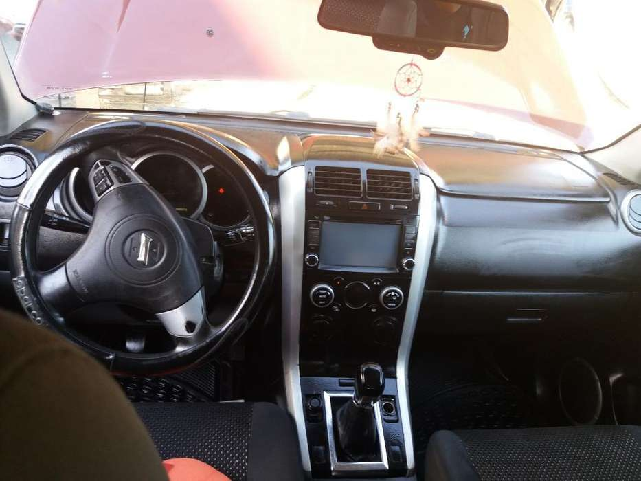 Chevrolet Grand Vitara 2011 - 281149 km