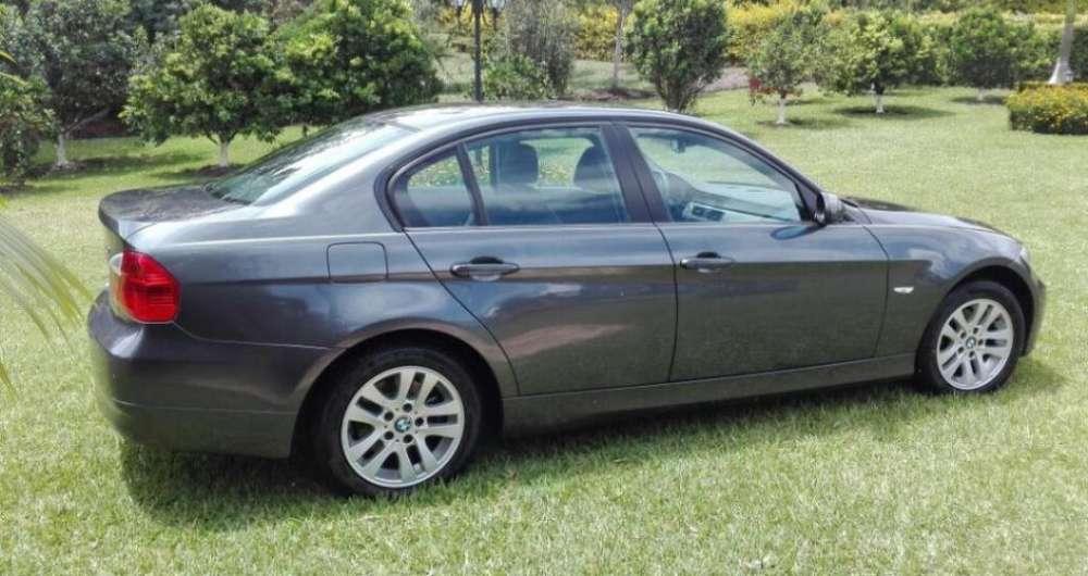 BMW Série 3 2008 - 51000 km