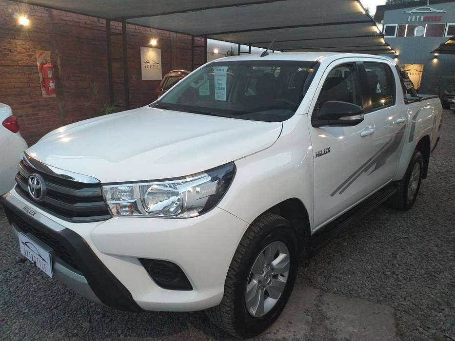 <strong>toyota</strong> Hilux 2017 - 68000 km