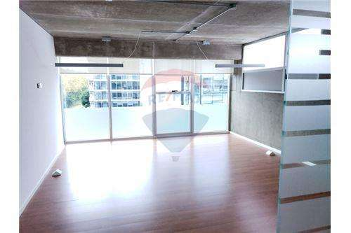 Oficina AAA 90 m2 Cochera Laprida y Libertador