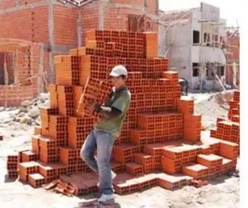Necesito Ayudante Construcción
