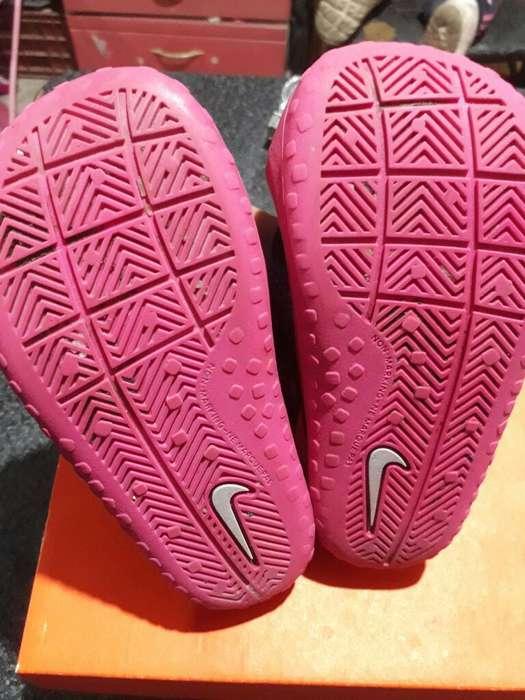 Sandalias Nike Num 22