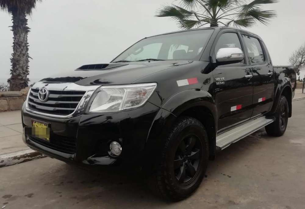 Toyota Hilux 2015 - 58000 km