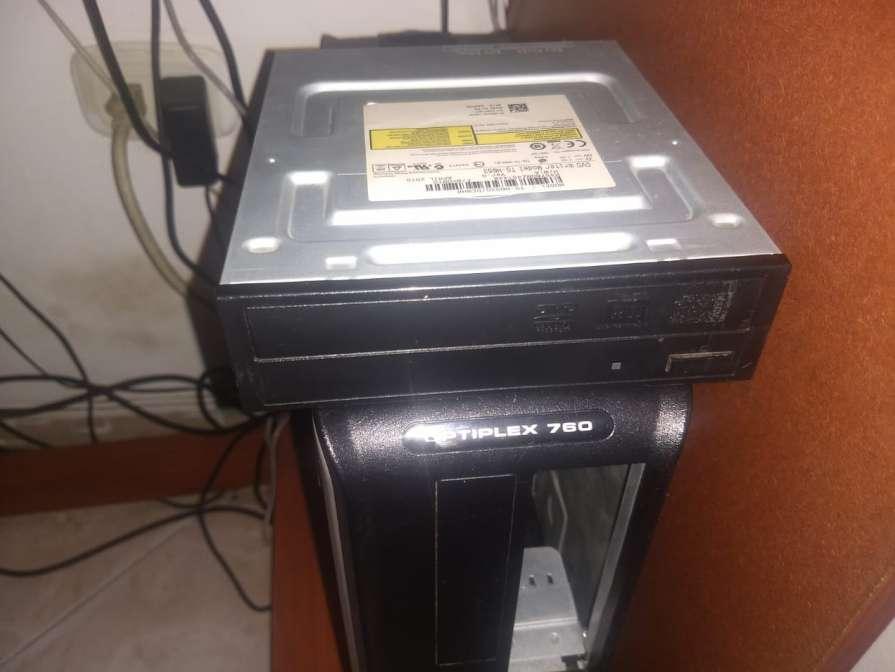 PC Dell OptiPlex 760 - Core 2 Duo E7400 2,80 GHz, 7GB Ram, 130GB Disco Duro