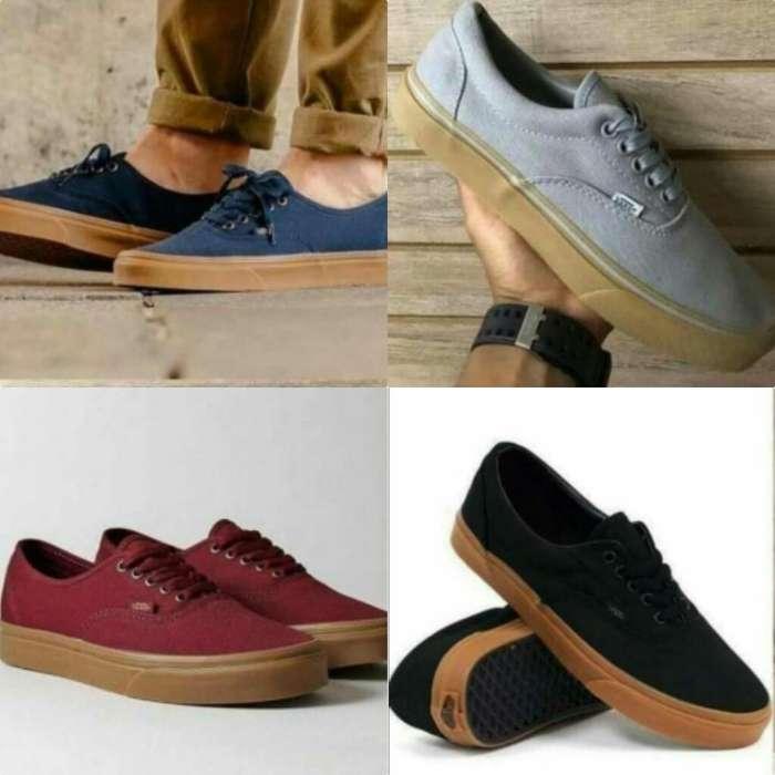 470c89e25e5 Zapatos vans  Ropa y Calzado en venta en Ecuador