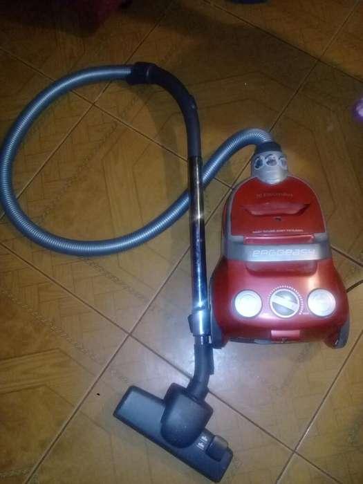 Vendo <strong>aspiradora</strong> Electrolux