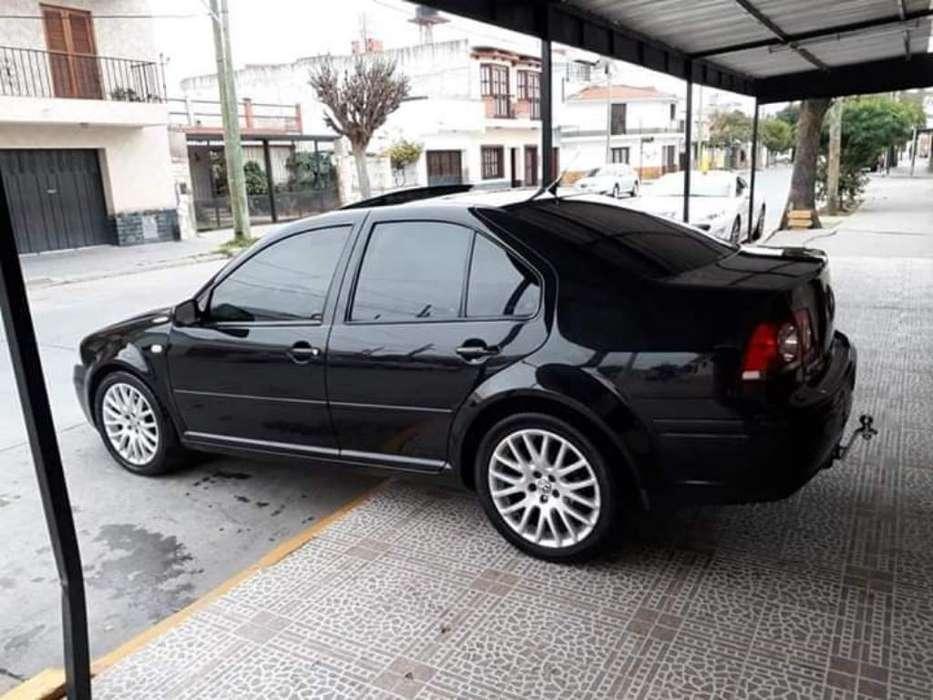 Volkswagen Bora 2010 - 0 km