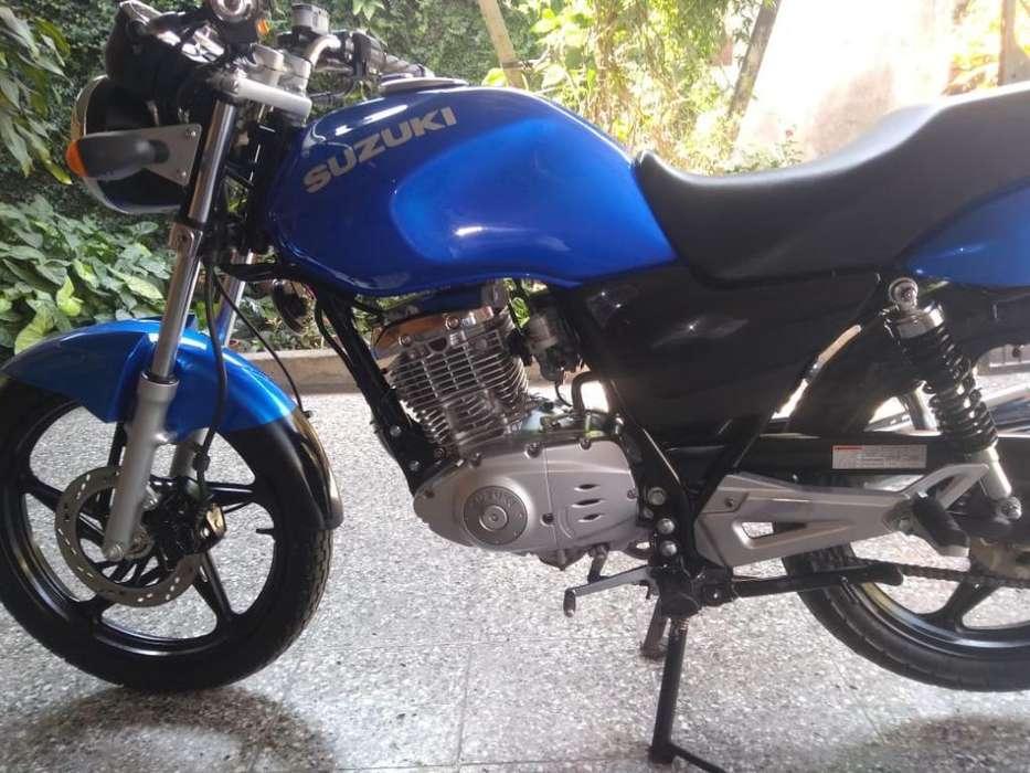 Moto <strong>suzuki</strong>