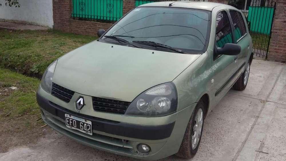 Renault Clio  2003 - 163500 km