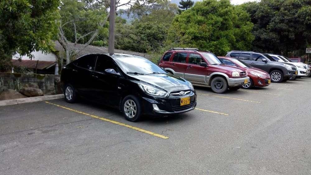Hyundai i25 2013 - 90000 km