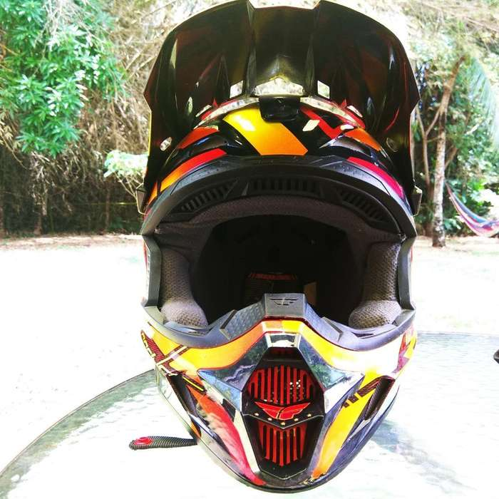 Vendo Casco Fly Racing