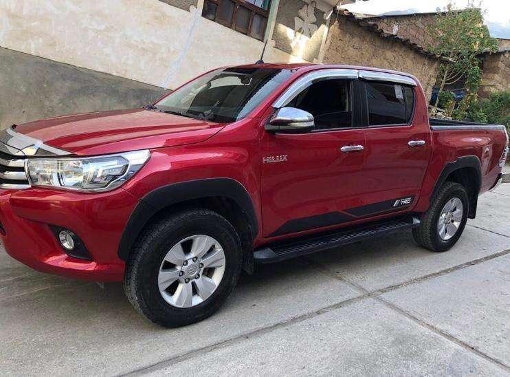 Toyota Hilux 2017 - 20000 km