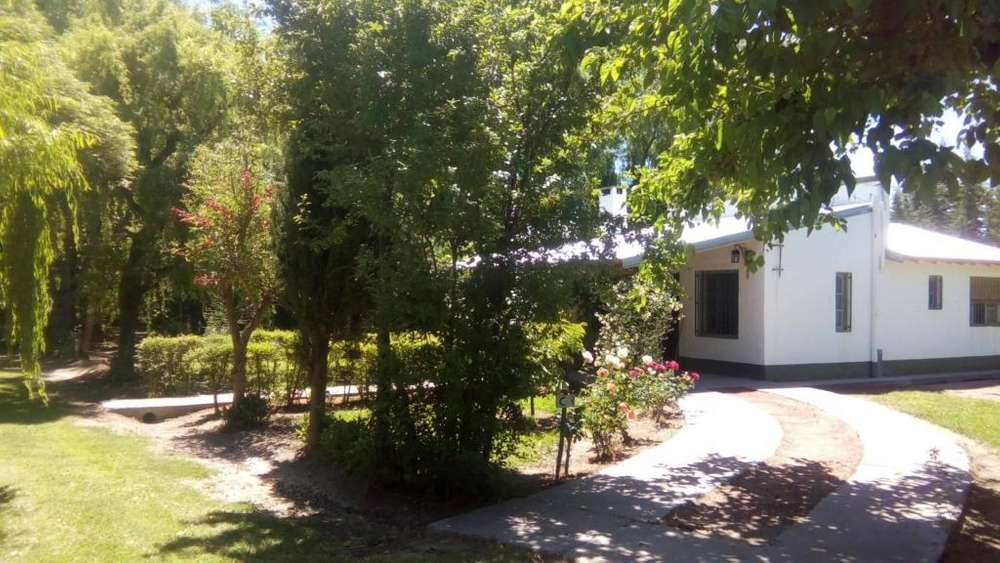 xo18 - Cabaña para 2 a 6 personas con pileta y cochera en Rama Caida