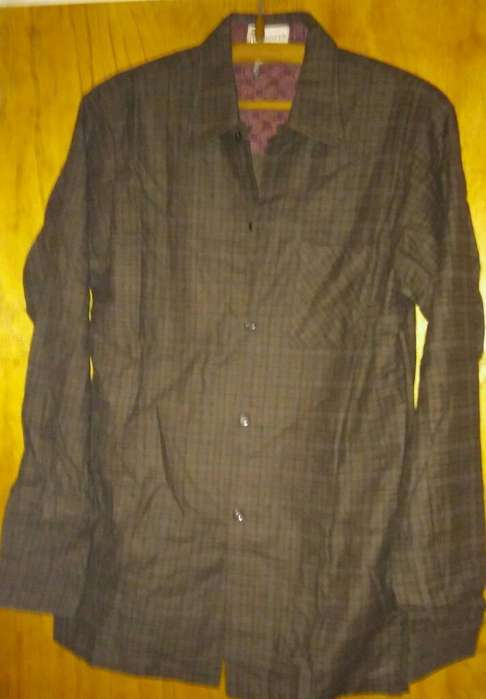<strong>camisa</strong> frizada .,nueva. -oferta.. ---talle 38